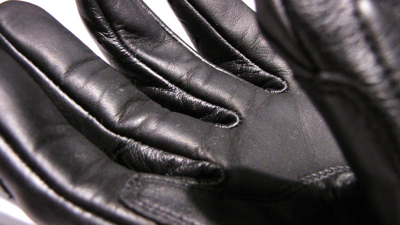 Lederhandschuh