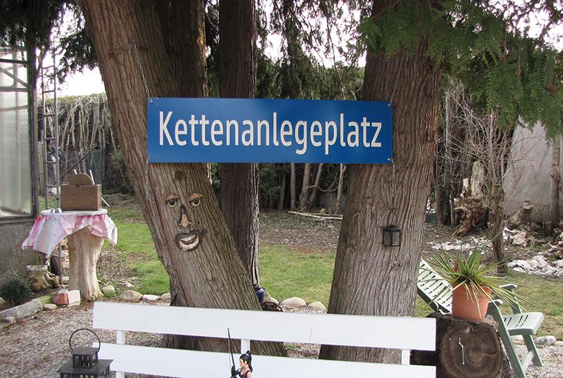 Spezialevents e.V. - Kettenanlegeplatz - Copyright 2018, fesselblog.de