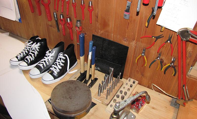 In der Werkstatt der Latex-Schmiede
