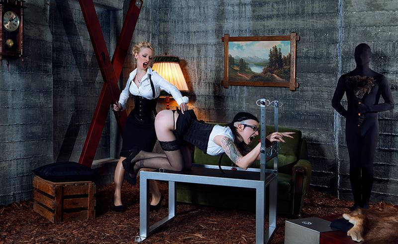 Mit freundlicher Genehmigung von Stefan Beier Fetischdesign - fetischdesign.com