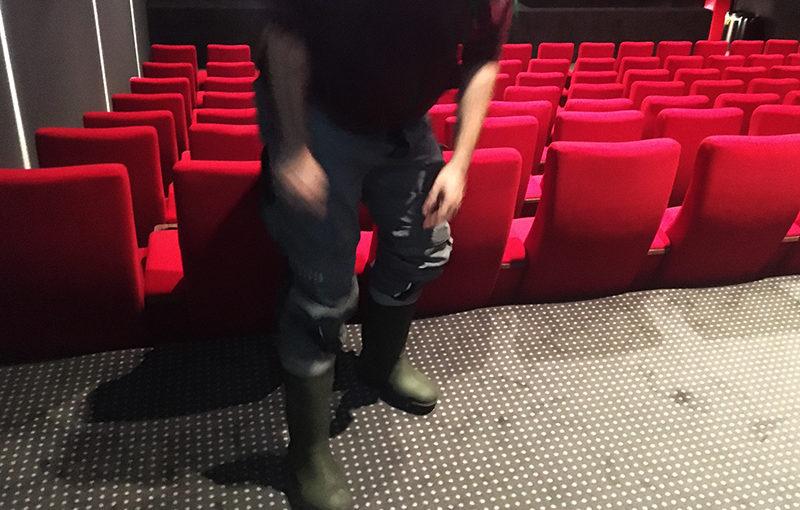 Gummistiefel im Kino – Kleider machen Leute (Teil 2)
